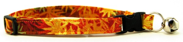 Golden Leaves Cat Collar