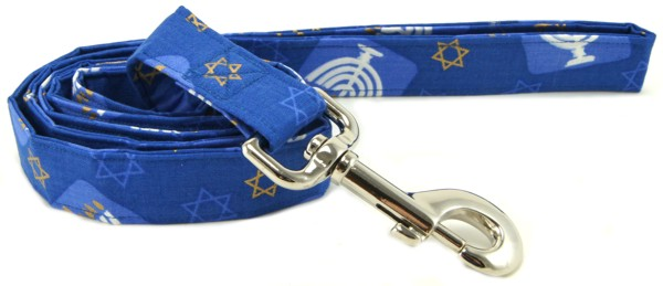 Hanukkah menorahs and stars of David dog lead