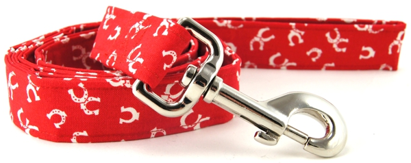 Red Horseshoes Dog Leash