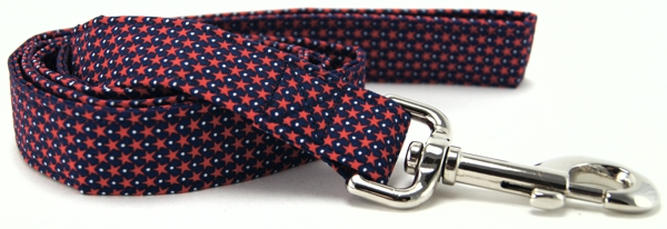 Tiny Red Stars on Navy Hearts Dog Leash